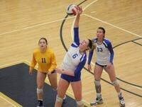 Homecoming & Family Weekend: Women's Volleyball Game