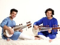 Asha Cornell:A Sarod Concert with Resident Aasta