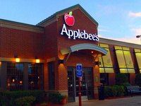 Philanthropy Month Dine and Donate at Applebee's