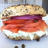 Birthright Bagel Brunch; get your schmear on while you sign-up!