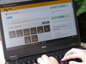 Communicating with ICON