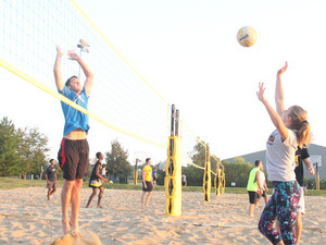 Intramural 6-on-6 Sand Volleyball Registration