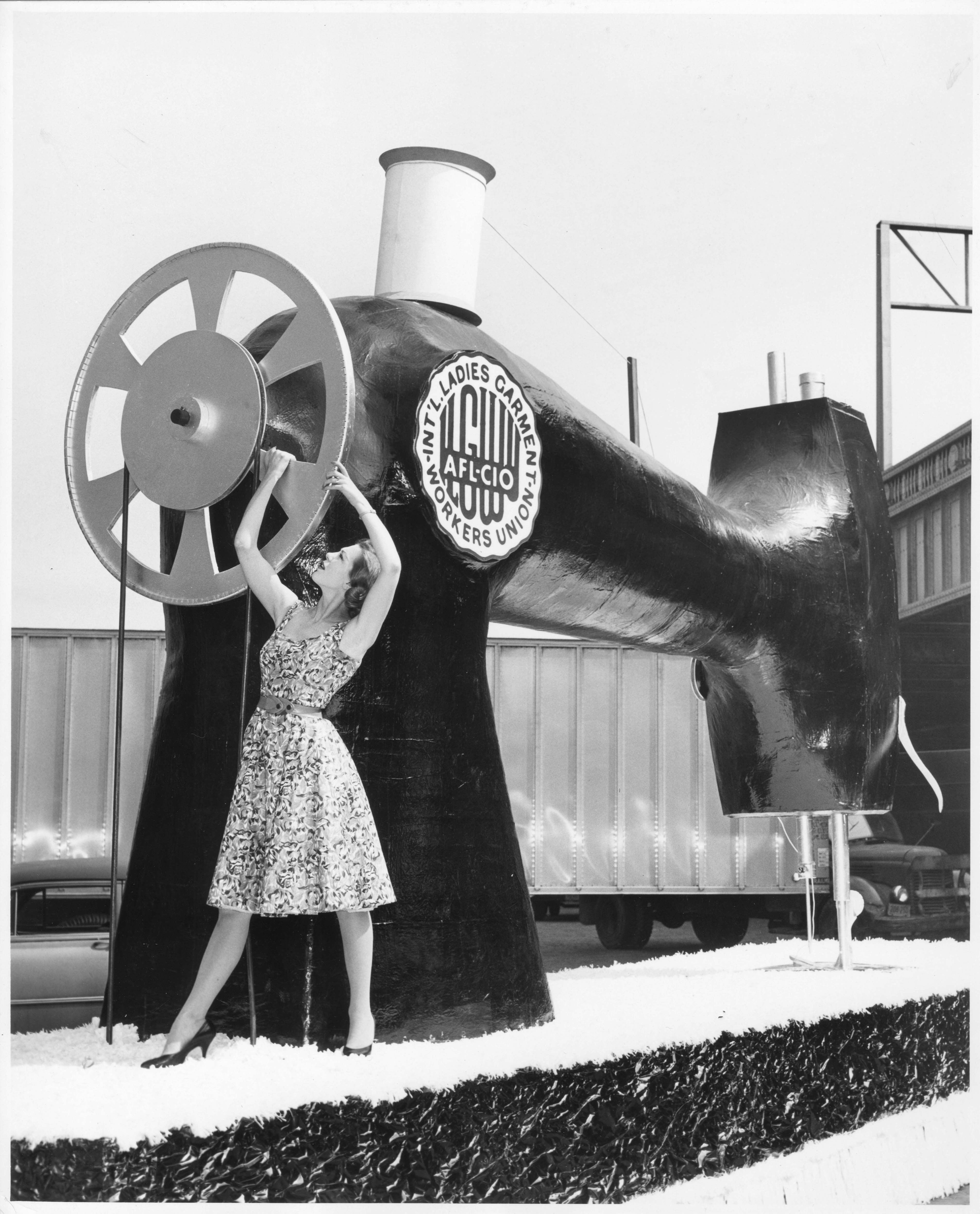 Exhibition: Union Made - Fashioning America in the 20th Century
