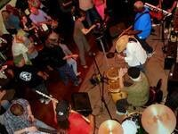 Gary Winston & The Real Deal - live music @ Club Sapolil