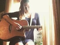 Smooth Acoustic Jams With Mari Gisele - live music @ Eternal Wines