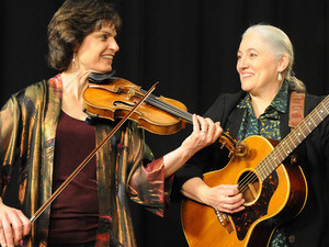 MCTA: Simple Gifts Duo to Perform Ethnic Folk Music