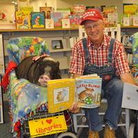 Farmer Minor and Daisy the Reading Pig - Cross Lanes Branch Library
