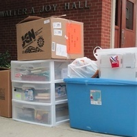 Returning Students Start Moving Back to Campus