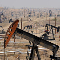"""""""Oil's Political Economy Conundrum: The rise of oil in the Middle East and the consequences of geopolitics,"""" by Chris Elsner '04"""