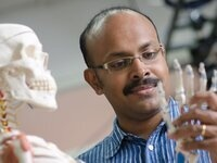 CAM Colloquium: Madhusudhan Venkadesan (National Centre for Biological Sciences) - How to throw at high speeds, accurately, and accurately at high speeds