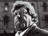 A Conversation with Oskar Eustis: Theater and Democracy